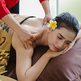 Head-and-shoulder-massage